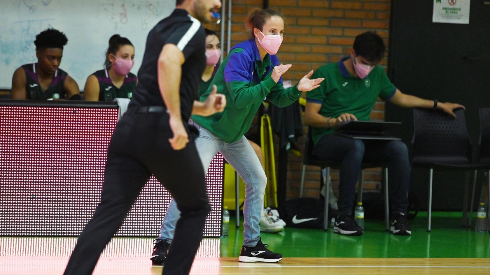 Unicaja Female team touches the comeback against Picken Claret (78-73)